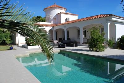 Marina Calafat > villas > VILLA 3C-08 (10 Pax)